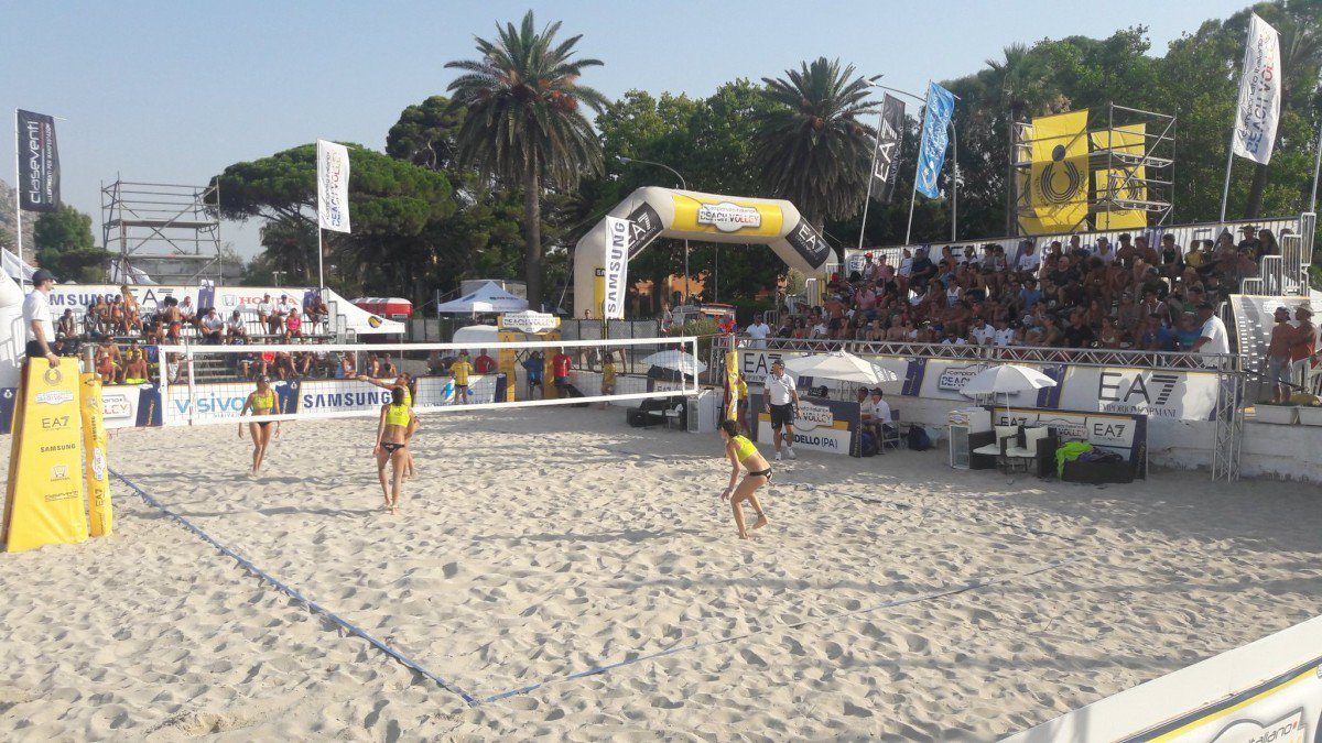Beach volley a Mondello, chiuse le qualificazioni: le coppie del tabellone ... - https://t.co/bY8kxhAAmz #blogsicilianotizie #todaysport
