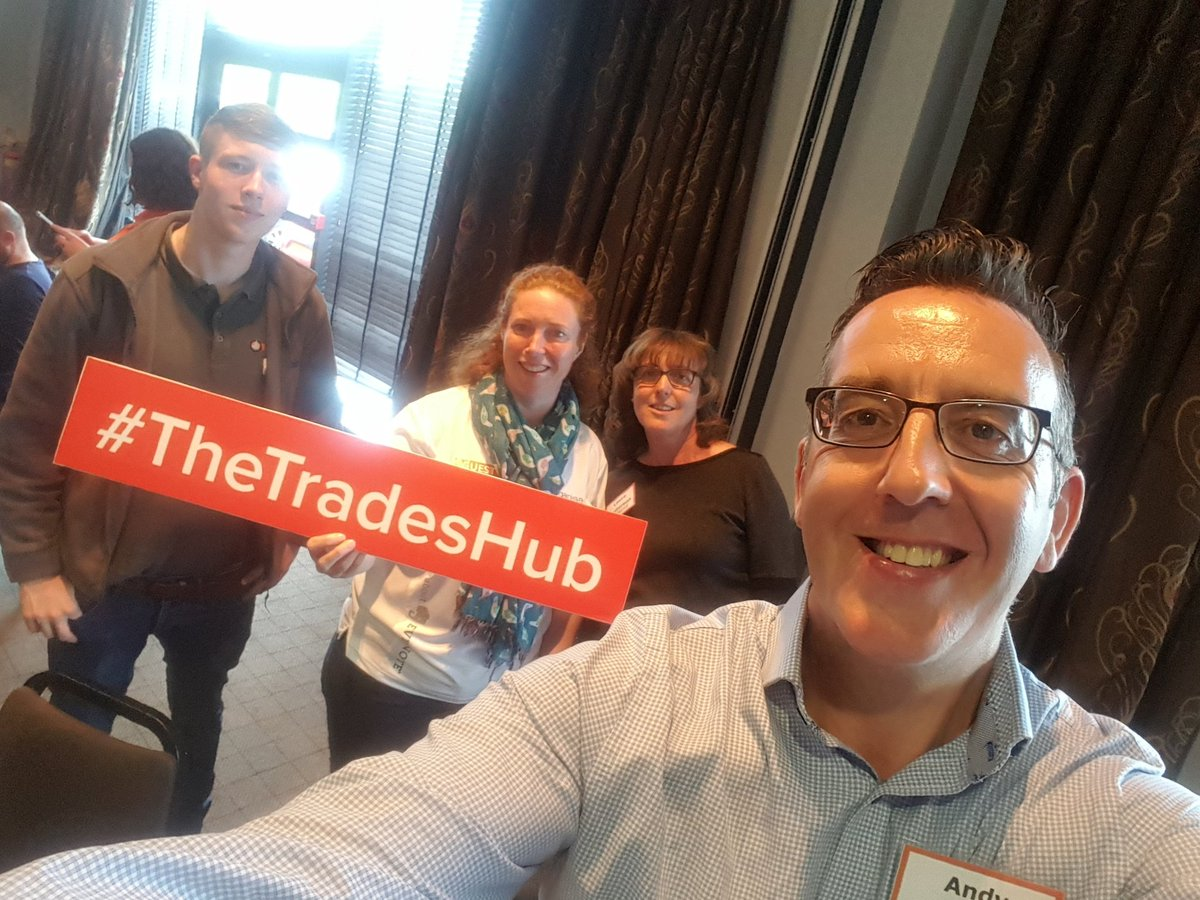 All smiles this afternoon in Leeds #thetradeshub Love these sessions. <br>http://pic.twitter.com/4MdYHrbFeR