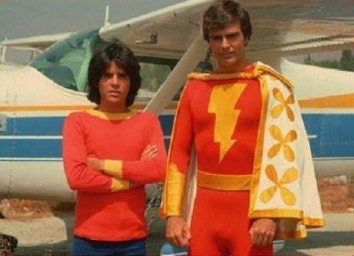 .@ponysmasher: I&#39;ll give you 50 bucks if you stylize #Shazam after the 70s #TVShow  http://www. hollywoodreporter.com/heat-vision/sh azam-is-next-dc-movie-shoot-1022821 &nbsp; …  #Shazam #Film #DCComics #70s <br>http://pic.twitter.com/VgIQzG1vBH