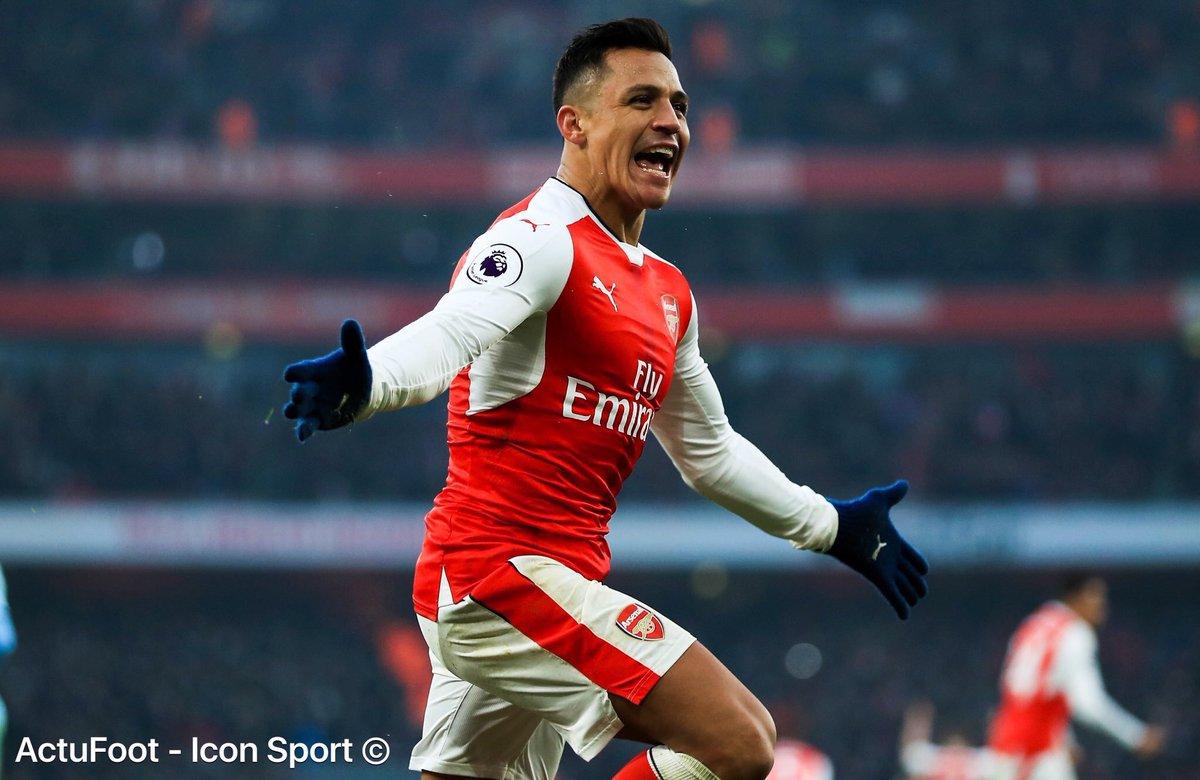 BREAKING ! D'après @RMCsport, Alexis Sanchez est sur le point de s'engager pour 4 ans avec le PSG, pour 50 M€.