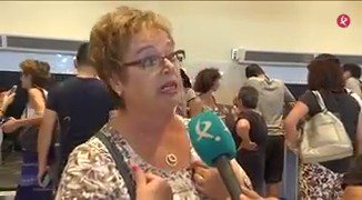 📌(AMP) Indignación entre los afectados. Los 70 de Palma volarán a Sevilla entre hoy y mañana. Los 60 de Badajoz, en bus a Madrid o Sevilla. https://t.co/OHSPYWElmH