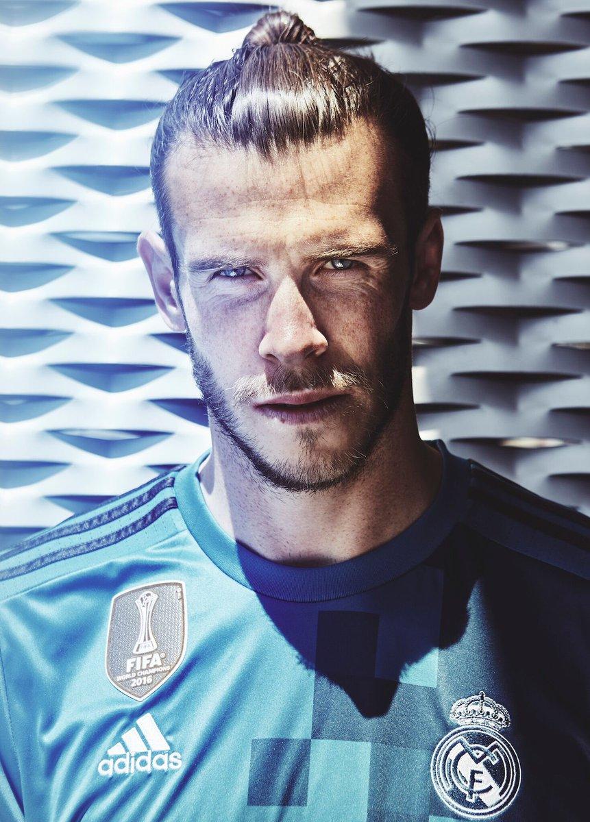 Blue meets Blue 👀👕 Our new @adidasfootball third kit ! @realmadrid #HalaMadrid #HereToCreate