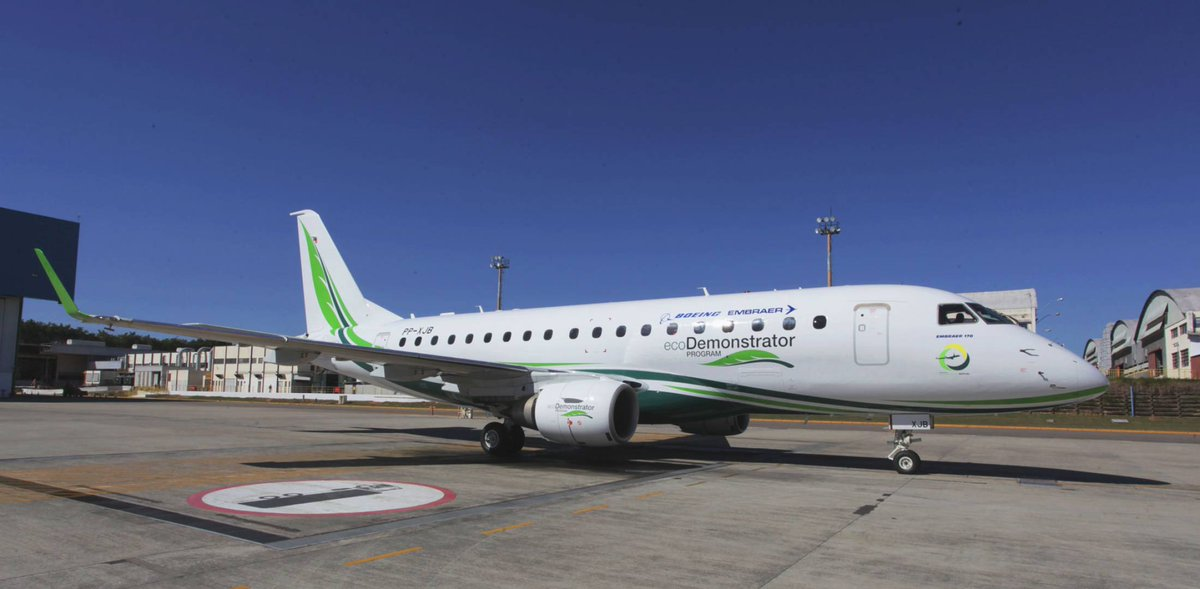 This E170 is part of a joint Boeing/Embraer project to demonstrate eco-friendly technologies. #citation #aviationlovers #avgeek #bizav #cyyz<br>http://pic.twitter.com/AfFS9zHYhq