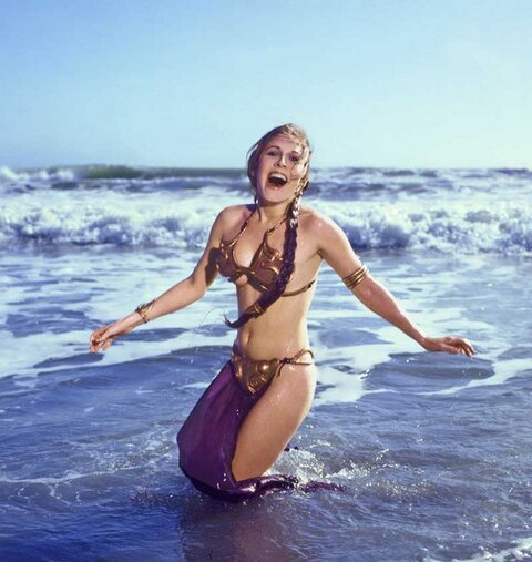 #StarWars - Slave #PrincessLeia on the beach... <br>http://pic.twitter.com/qDqbMS4eB4