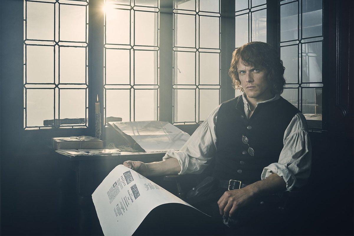 New photos of Jaime, Claire and Frank on season 3 #Outlander via #deadline <br>http://pic.twitter.com/HoSvpfnQJM