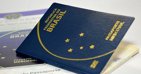 Ministério da Justiça diz que PF já pode retomar emissão de passaportes https://t.co/xhTj5OV6L7