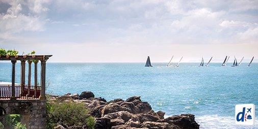 Parece até cena de filme, mas é Cascais, em #Portugal ❤