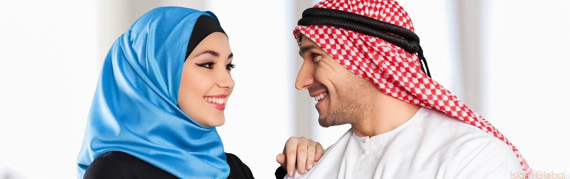 هل يجوز للزوج التدخل في لباس زوجته