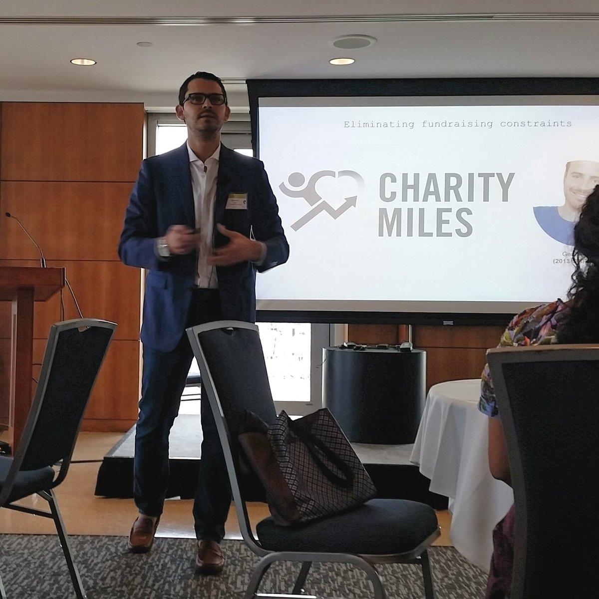 .@ManoloPaez of @GlobalGoodFund on key success factors of #socialentrepreneurship #LaRedSummit2017<br>http://pic.twitter.com/affVTUPOgu