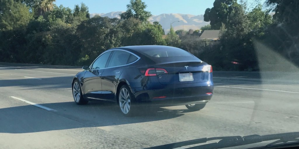 We spotted a Tesla's Model 3 in the wild a week before its official launch https://t.co/4JDKvKAyVz
