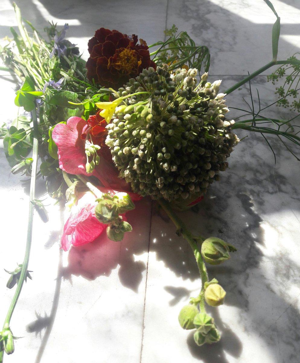 Boeketje eetbare bloemen