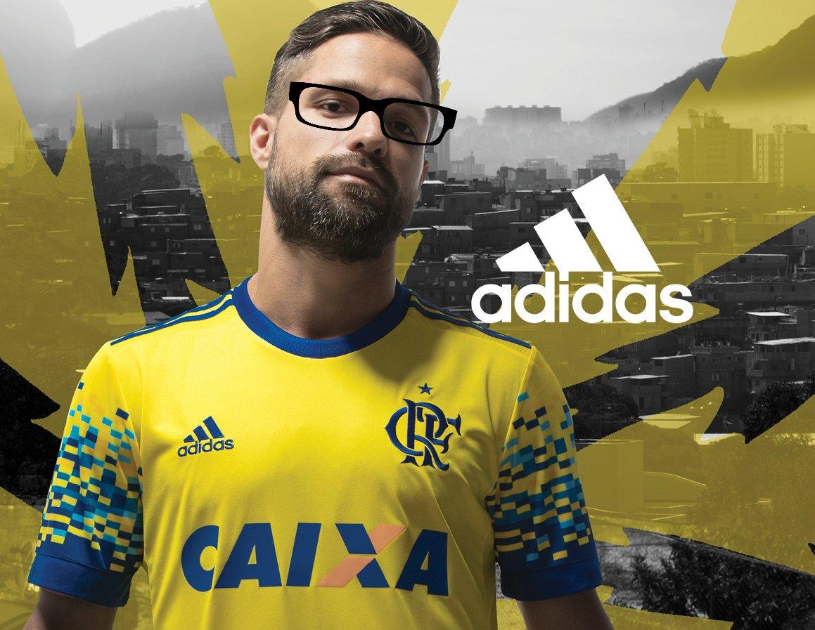 @FoxSports_br ô, Fox, a gente não viu nada de errado, não. Corte de cabelo é assim mesmo. Mas pode deixar que o Diego tá de 👀 pra ver se encontra a gafe. https://t.co/