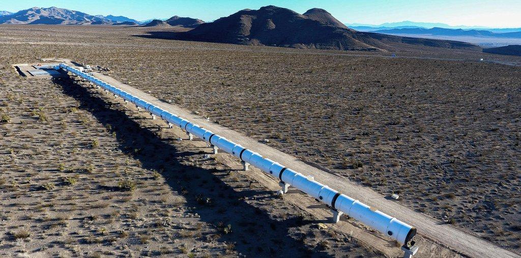 Elon Musk's Hyperloop could shuttle travelers between NYC and DC in 29 minutes https://t.co/BM01w8I7SY https://t.co/EUMjHtt4LK