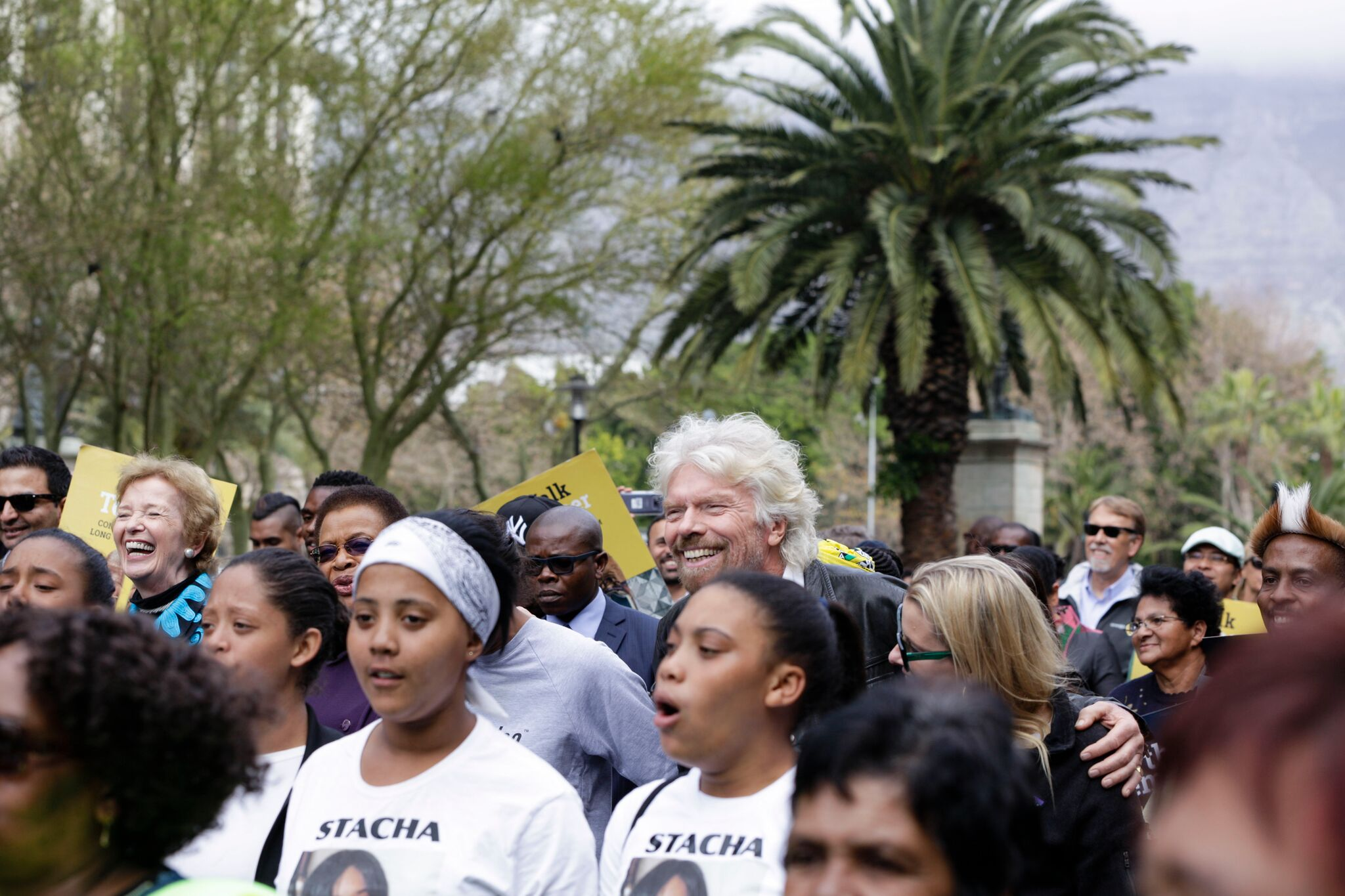 As Madiba would have wanted, everyone was smiling https://t.co/qlTYRZHUoZ #WalkTogether @TheElders https://t.co/WUnJJAZKBF