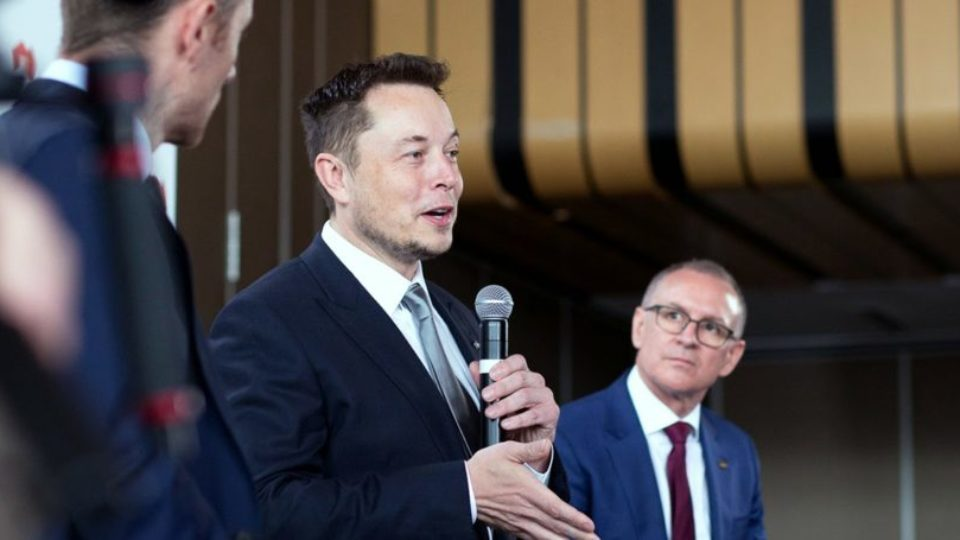 Elon Musk to unveil Mars mission in Adelaide: https://t.co/CiYy0najwQ