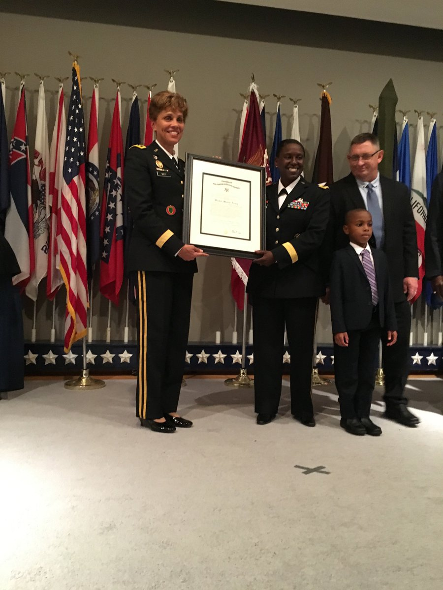 Great day for @ArmyMedicine as we recognize potential and promote a true leader to BG! #she&#39;sageneralnow <br>http://pic.twitter.com/8TbRpruWAO