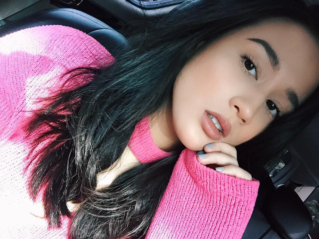 Morning Monsters! Happy Saturday! Time for #WeekendHits with @KarlaAguas- playing new music from your fave artists till 11AM! Tune in! :D<br>http://pic.twitter.com/4F00GzDD1O