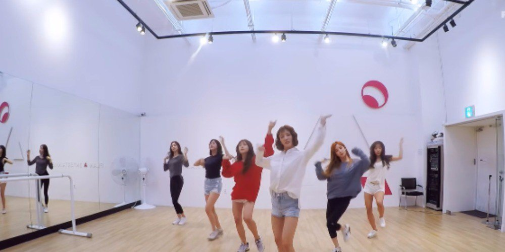 A Pink thank fans with \'Five\' dance practice video for winning #1!