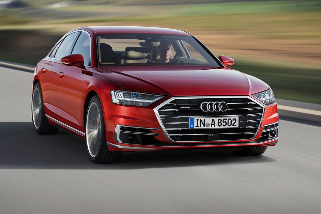 We take a closer look at the redesigned 2019 Audi A8 to see what design changes were made to the German brand's fl… https://t.co/yJTtzDXuCk