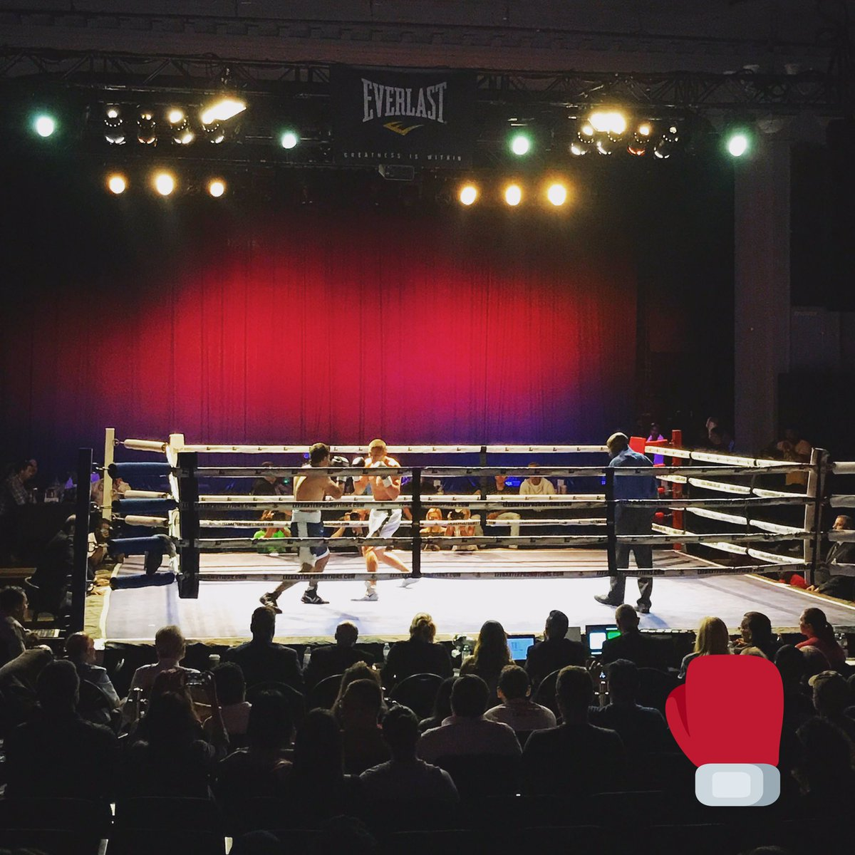 Tonight we're going by The Danforth Boxing Hall 🥊 https://t.co/lsJK4KM...