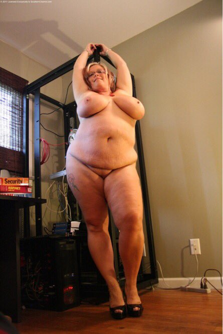 All my glory... #bbw #savannahphair #rolls #hugeboobs #bigtits #loveyourself https://t.co/pgeVoj04k1