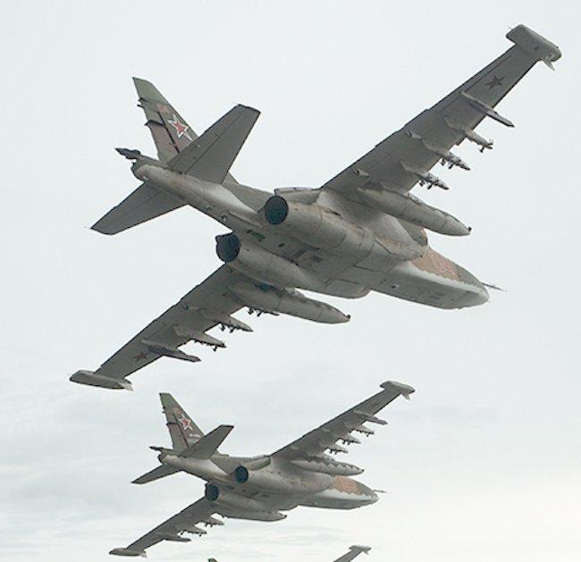 تعرف على النسخه الاحدث من مقاتلات Su-25 ..........المقاتله Su-25 SM3 DFTXWzGXoAE4Ihk