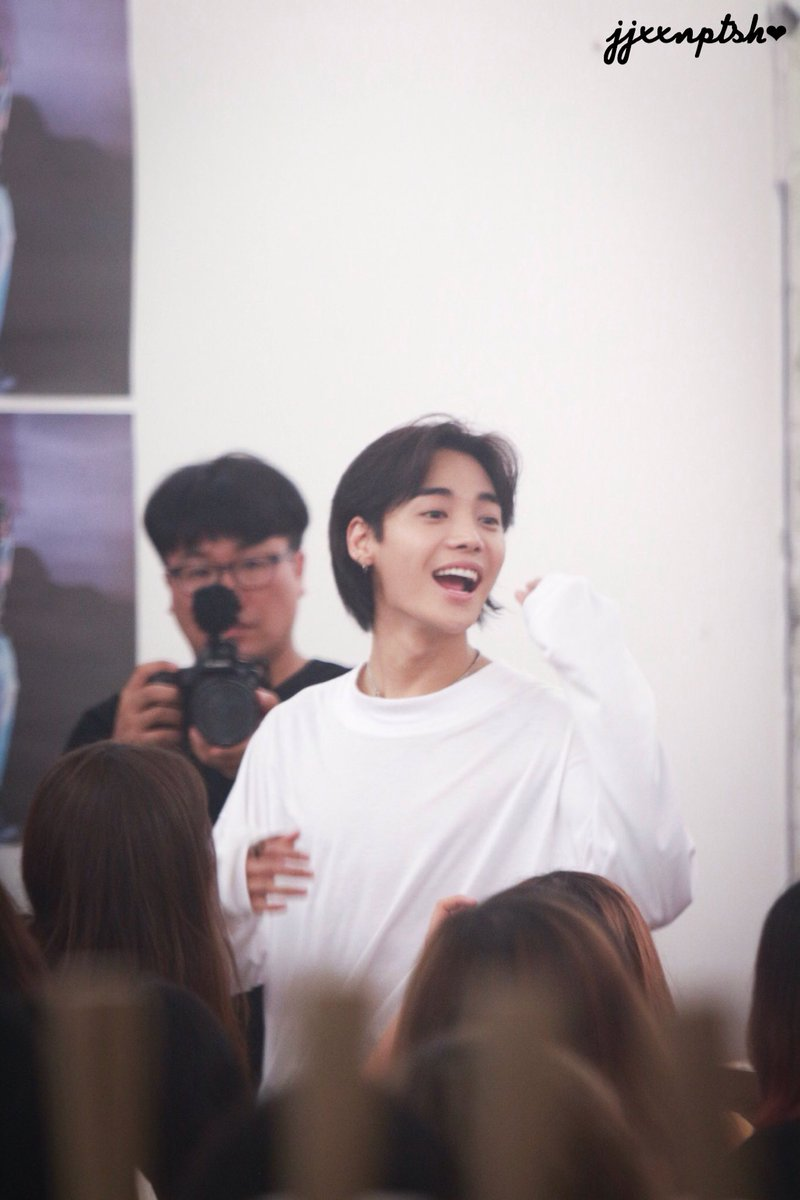 170721 &quot;ONE&quot; day fan-sign @ Luft  #ONE #ONEDAY #정제원<br>http://pic.twitter.com/peuWKDREGc