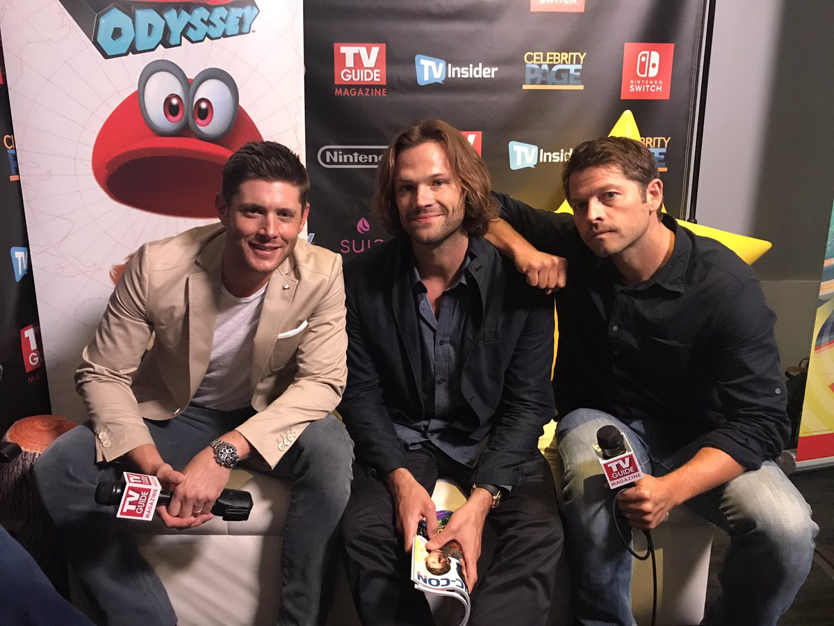 Look who showed up to our #SDCC photo suite. #Supernatural