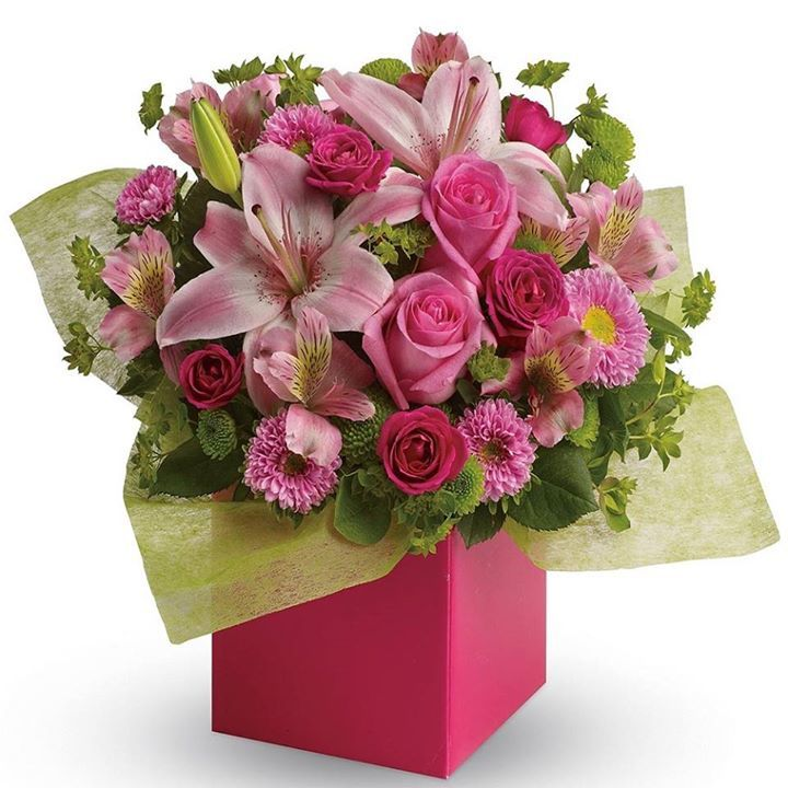 &#39;Softest Whispers&#39; Pink me up! with roses, asters and #lilies in shades of #pink.  http:// ift.tt/2txUk3D  &nbsp;  <br>http://pic.twitter.com/gPWe8D3sk0