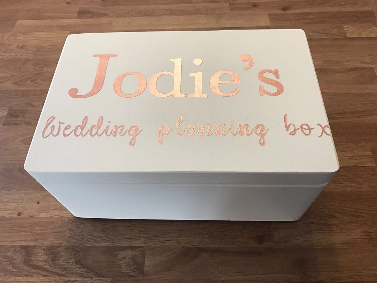 Our boxes can be personalised for any occasion #weddingplanning #bridetobe #bridalshower  https://www. etsy.com/uk/shop/Little WoodenBarn &nbsp; … <br>http://pic.twitter.com/xQmN6l77ox