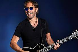 Al Di Meola is63years old today. He was born on 22 July 1954 Happy birthday Al!