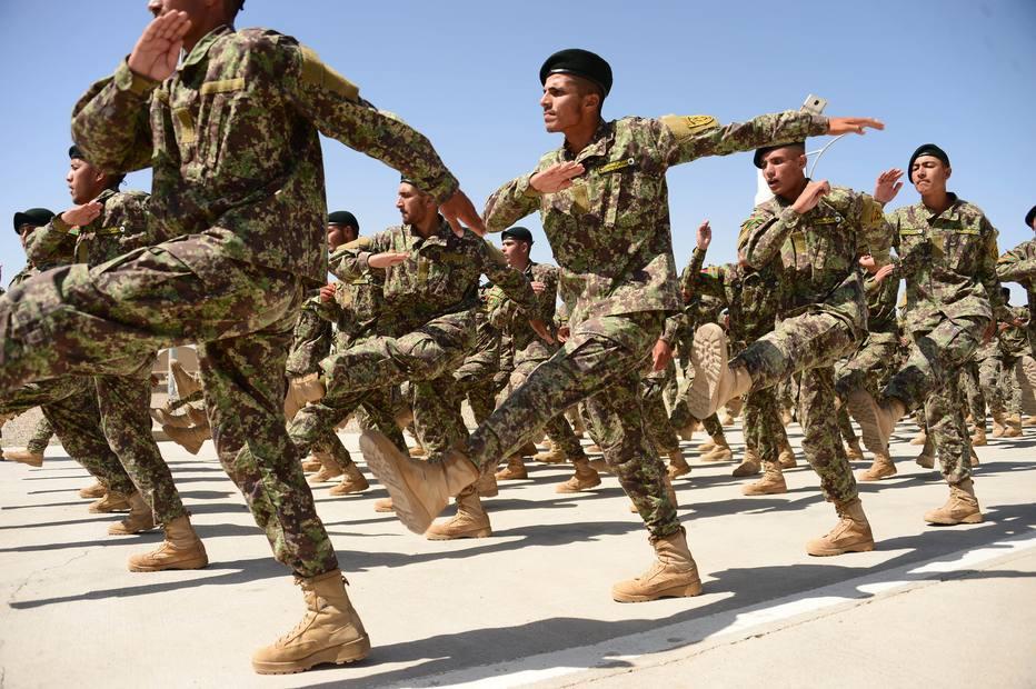 Bombardeio dos EUA mata por engano ao menos 16 militares afegãos https://t.co/RtCjVADKdf