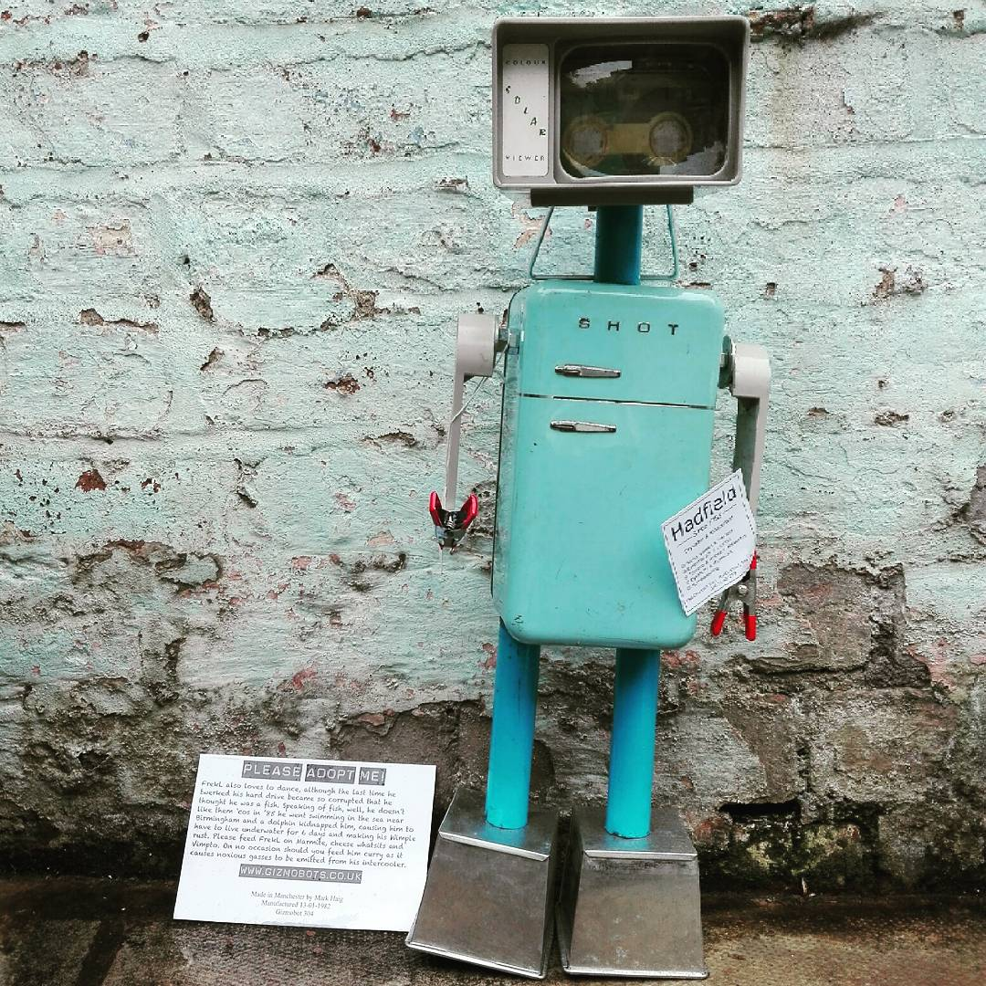 Frekl up for #adoption. Looking for a #gadget loving home. Adoption fee £65 #gizmobots #upcycled #macclesfield #gift #quirky<br>http://pic.twitter.com/tTSo2ROk6o