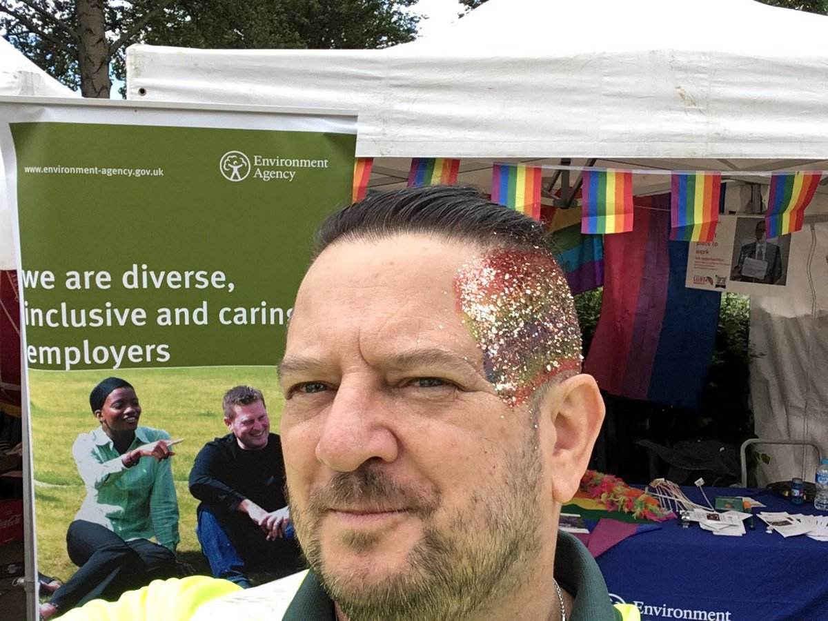 Check out John adding some extra #sparkle to #PrideinHull today - come on down and get involved - there may be some sweets  left too! <br>http://pic.twitter.com/t9V33464xa