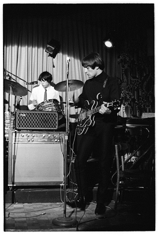 The Gene Clark Group c. 1967. #GetGeneIn #SongwritersHOF #singersongwriter #Gibson #VoxAmps @gibsonguitar @VOXamps<br>http://pic.twitter.com/ysEhuxSqKV
