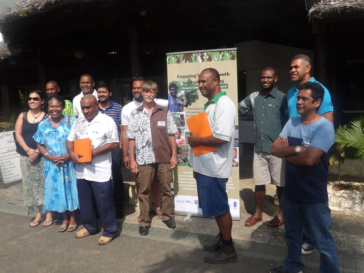 Well Done #Vanuatu for your #OrganicFarmers Certification. Niche products are important 4 #SIDS  http:// bit.ly/2uKYCsg  &nbsp;   Photo @NewsVanuatu<br>http://pic.twitter.com/Bzptv5rdlj