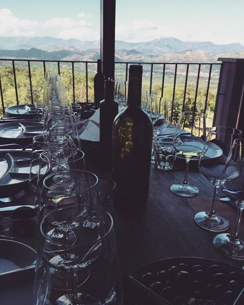 Reposted from @antonia_single  #vino #wine #etna #winelover #instasicily #igsicilia #vineyard #sicily #winery #vig…  http:// ift.tt/2vKTscZ  &nbsp;  <br>http://pic.twitter.com/b7A5ewN6Gb