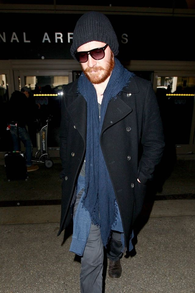 Winter Look: Fassy at #LAX, 2014.  #MichaelFassbender #Winter #Airport #LosAngeles<br>http://pic.twitter.com/qNPVY3owkb