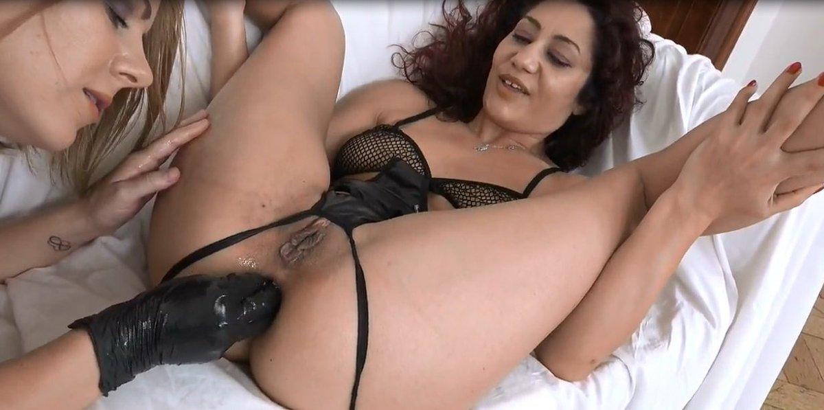 Sahara Knite pompino sesso grande cokc