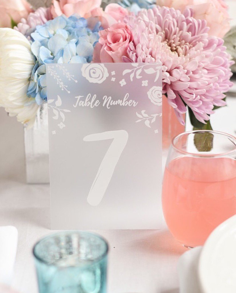 These frosted table number from @BeaucoupFavors are a dream come true  #wedding #bride #beaucoup <br>http://pic.twitter.com/ssaZvdttfo
