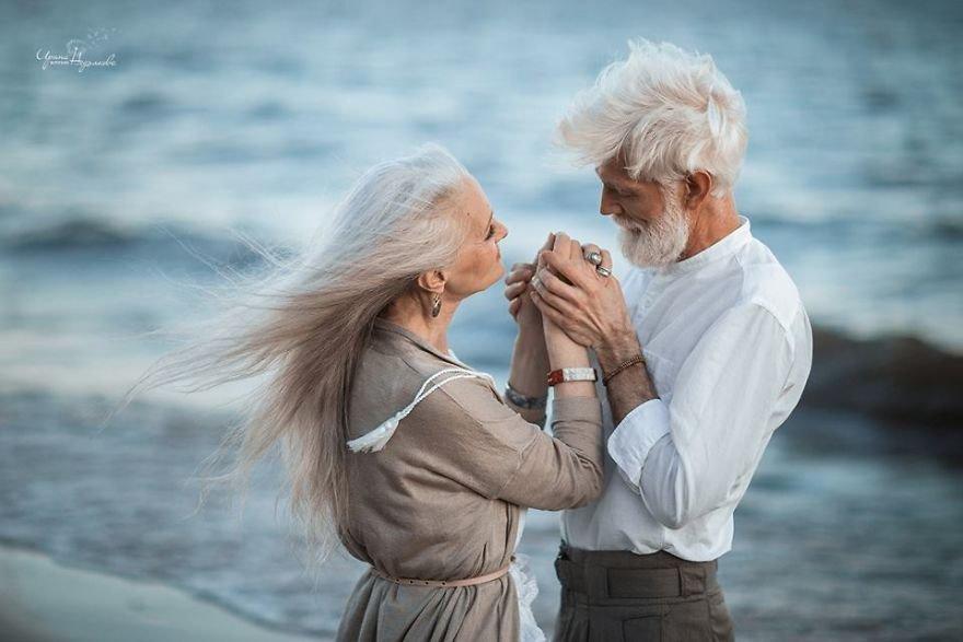 Фотограф сняла невероятно красивую пожилую пару, чтобы показать, что любовь не подвластна времени  Часть 2