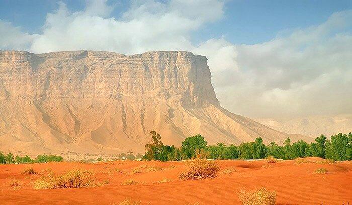التوراة الحجازية On Twitter جبل طويق باليمامة مرسى فلك نوح ع