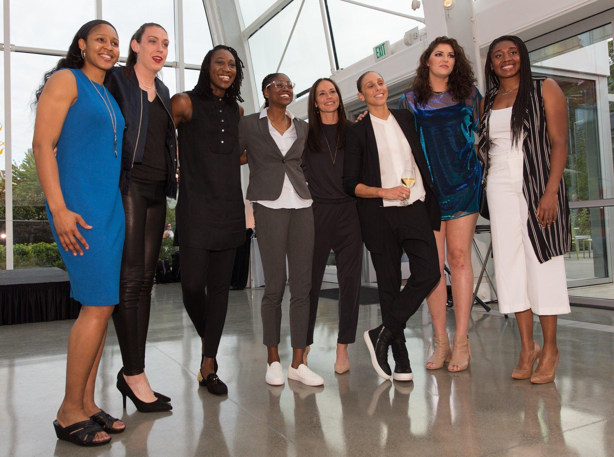 WNBA Gossip dating