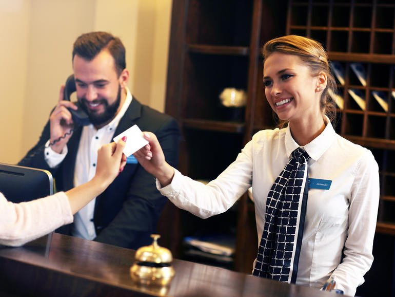 #Hackers are using hotel #WiFi to spy on guests, steal data  http:// hubs.ly/H087DJV0  &nbsp;   #Ixiacom via @ZDNet<br>http://pic.twitter.com/3MBQn8ZkSV