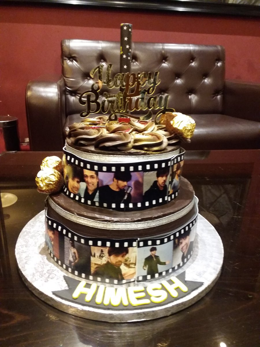 Heres Special Birthday Cake For Himesh Sir From His Fans HAPPY BIRTHDAY HIMESHpictwitter QHKBaFECRk