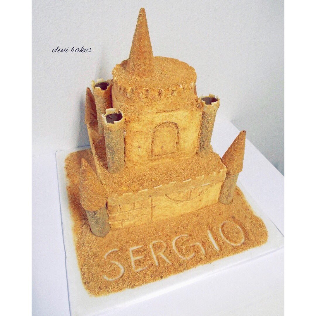 Eleni Bakes On Twitter Nothing Like Building A Huge Sand Castle