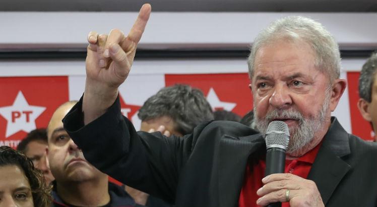 Ex-senadora defendeu Moro, Janot e a Lava Jato: Marina Silva sobre Lula: 'Justiça se faz com um peso e uma medida' https://t.co/vfCyLOMqyB