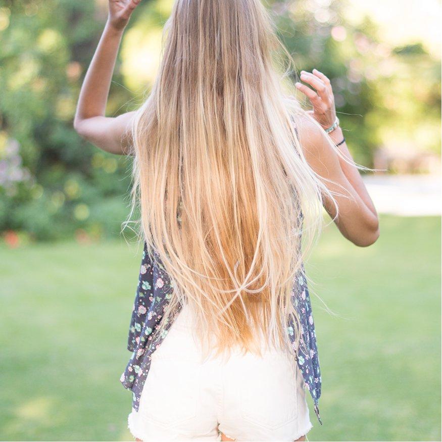 Ocean air, salty hair #renattandgo #flowerprints #summerlook<br>http://pic.twitter.com/vhmdkO7tAN