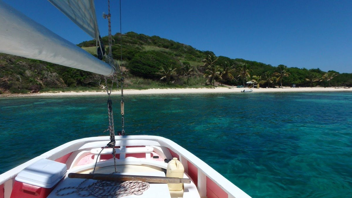 Sailing around the Tobago Cays and exploring *that* famous island from Pirates of the Caribbean!  http:// buff.ly/2t3imaG  &nbsp;   #POTC #travelblog<br>http://pic.twitter.com/9SU3IzSsm4