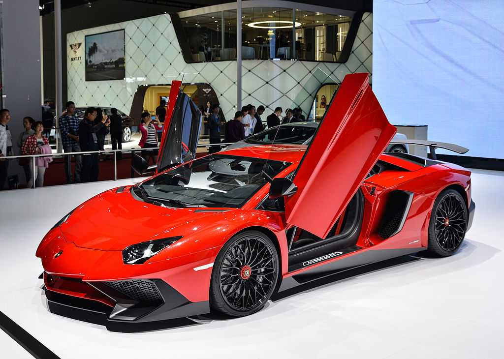 Lamborghini vehicle deliveries.  2011: 1,602 2012: 2,083 2013: 2,121 2014: 2,530 2015: 3,245 2016: 3,457